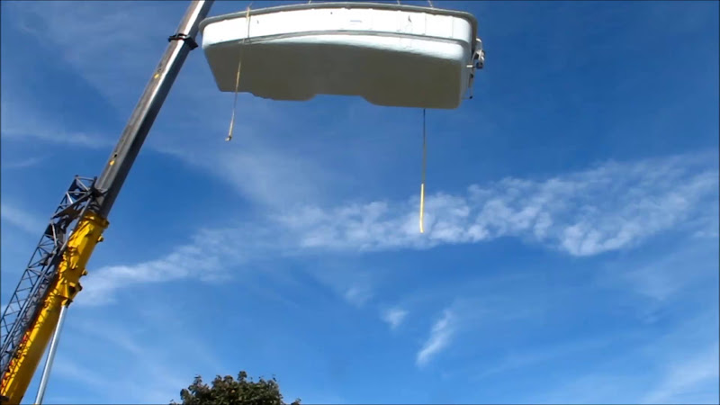 Video: pool install on a very windy day