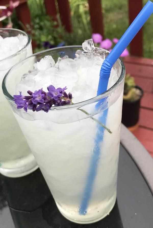 Lavender Lemonade (for Adults)
