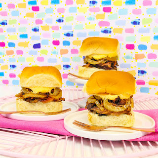 Yummy Crock-Pot® Baby Back Rib Sliders With Pumpkin Mayo!