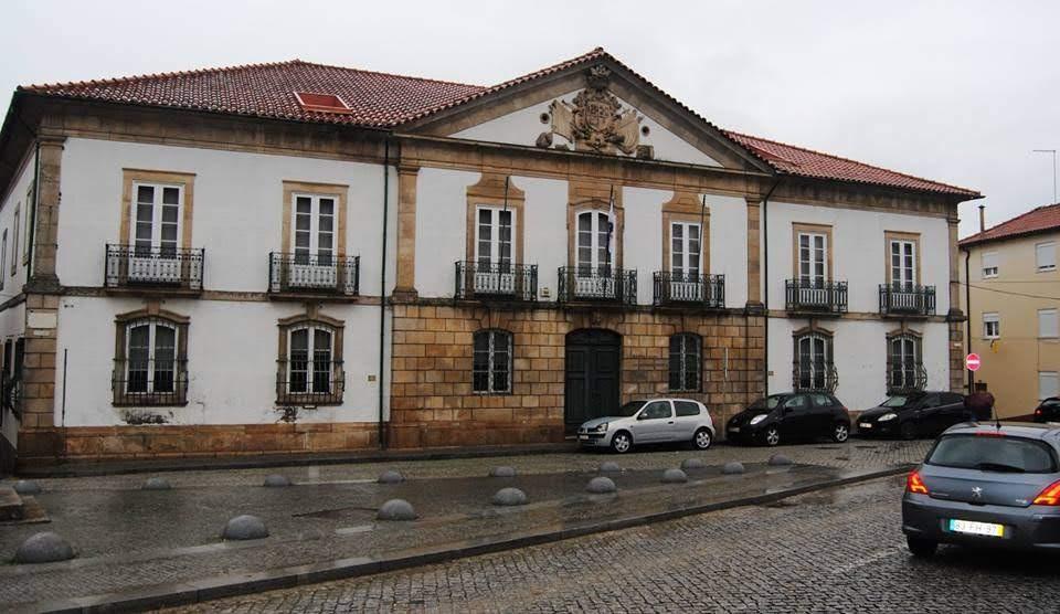 "Misericórdia de Lamego alienou ""Ilha Amarela"" na cidade do Porto"