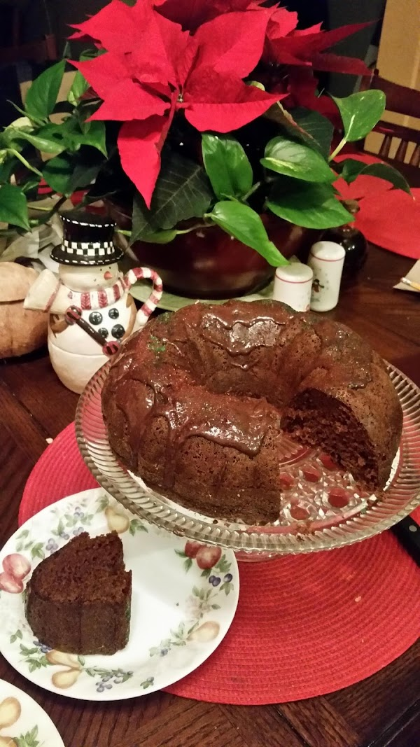 This bundt cake comes with white vanilla frosting, but I like it with chocolate...