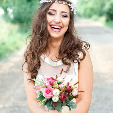 Wedding photographer Karina Chayka (Lacrimosaa). Photo of 03.06.2015