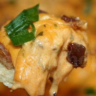 Buffalo Chicken Dip with Bacon