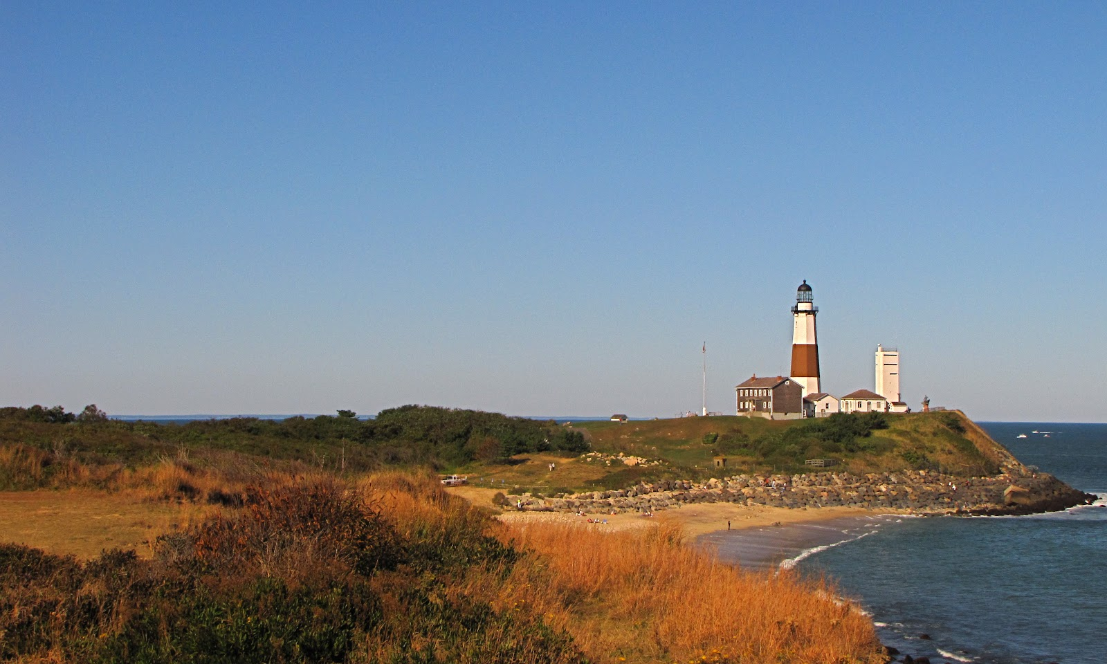 Montauk_Point_Light_-_Suffolk_County_NY.jpg