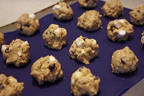 Rocky Road Oatmeal Cookies Recipe
