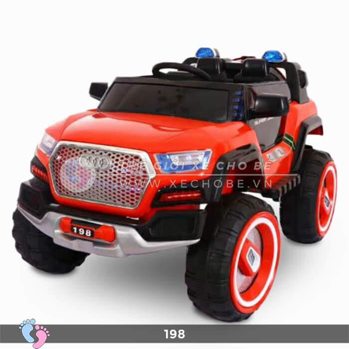 Siêu xe ô tô điện 4 động cơ 198 12