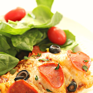 Easy Pizza Chicken Bake.