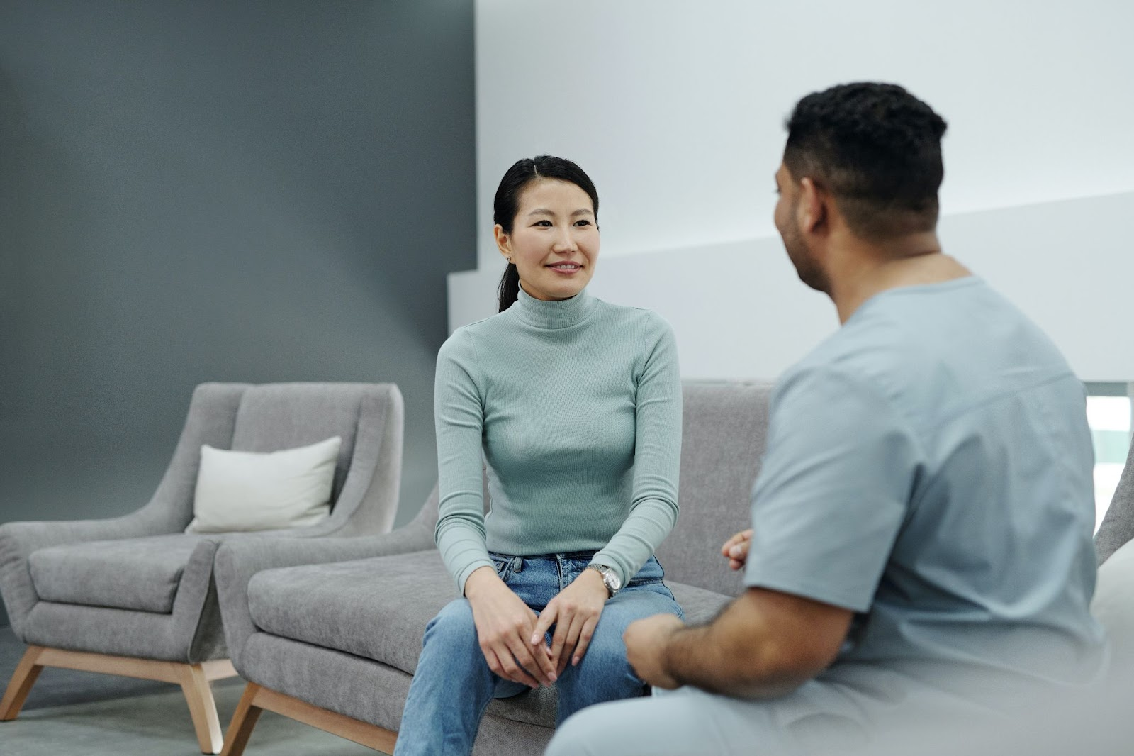 NorCal imaging: Health professional talking to a woman
