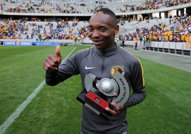 Zimbabwe international and Kaizer Chiefs midfielder Khama Billiat poses with his Man of the Match award after a 4-1 Absa Premiership win over Cape Town City at Cape Town Stadium, Cape Town, on September 15 2018.