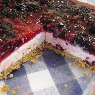 Pretzel Berry Dessert