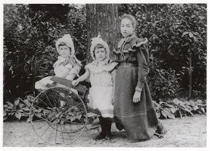 Photo: 1895 De tuin is waarschijnlijk die van Huize Heijlaar