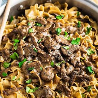 Easy Beef Stroganoff – One Pot Recipe
