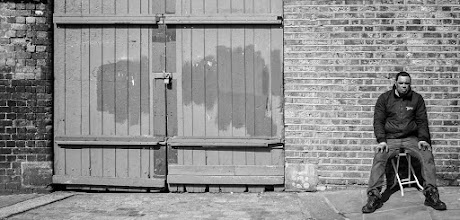 Photo: London #28 - Victory...  #street #streetphotography #shootthestreet  #blackandwhite #blackandwhitephotography #bw #monochrome #london