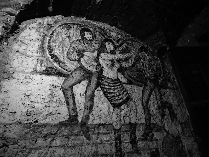 Murales al buio. di claudio_sposetti