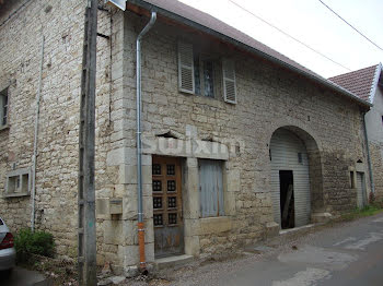 maison à Mouchard (39)