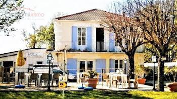 locaux professionels à Saint-Fort-sur-Gironde (17)