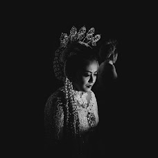 Wedding photographer Denden Syaiful Islam (dendensyaiful). Photo of 16.03.2018