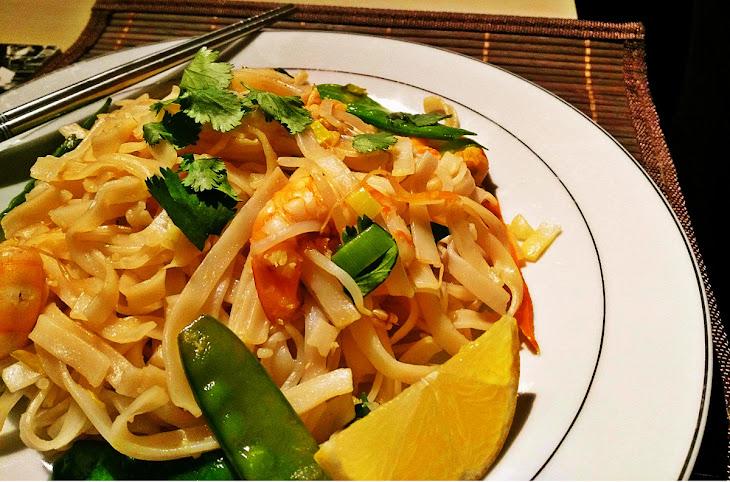 Delicious & Light Shrimp Pad Thai Recipe