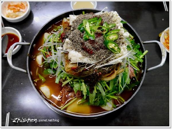 東輝韓食館.松五梅烤肉及馬鈴薯排骨湯不僅是招牌,而且大份量!
