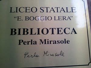 Perla Mirasole targa biblioteca