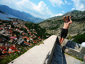 Photo: Kotor (författaren i vacker pose....)
