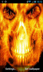 Skull in flames Live Wallpaper screenshot 0