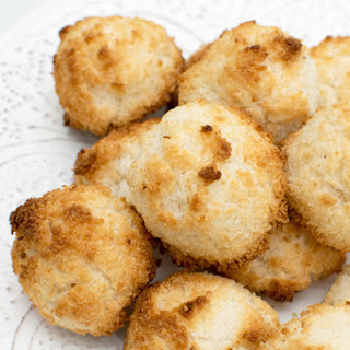 Coconut Macaroons [vegan].