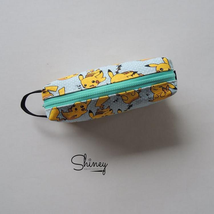 Handmade Classic Pencil Pouch [Pikachu]