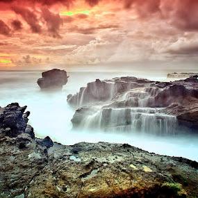 .:: fallen ::. by Setyawan B. Prasodjo - Landscapes Sunsets & Sunrises ( bali, nature, waterscape, sunset, wave, ocean, rock, beach, sunrise, seascape, landscape,  )