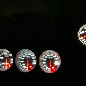 スカイライン R34 GF-ER34 25GT-tのカスタム事例画像 (・∀・)にすもぉさんの2020年03月11日02:12の投稿