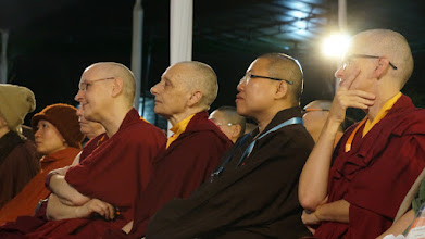 Photo: Jetsunma Tenzin Palmo and other monastics listen to Ven. Thubten Chodron at the 14th Sakyadhita International Conference. Photo courtesy of Nhan Lehoang.