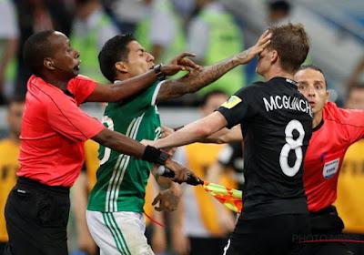 Onwaarschijnlijk: scheidsrechter houdt rode kaarten na ordinaire knokpartij op de Confederations Cup op zak, discussie over nut van de video-assistent laait hoog op