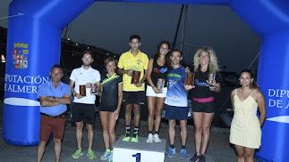 El podio con los vencedores.