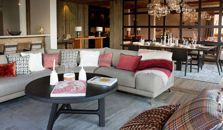 Appartement avec terrasse et piscine Méribel