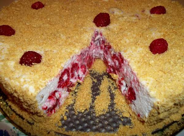 Fluffy Raspberry Torte Recipe