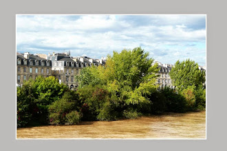 Photo: Façades vues du Pont de pierre