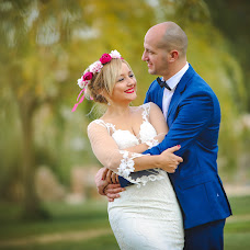 Wedding photographer Cristian Diaconu (ddcestudio). Photo of 25.01.2018