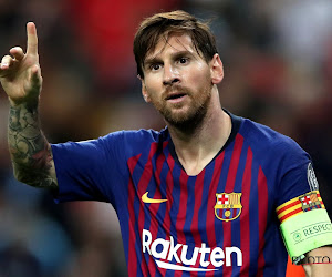 📷 Dit is het nieuwe shirt van FC Barcelona, inclusief héél opvallend broekje