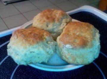 Prill's Great Big Buttermilk Biscuits Recipe