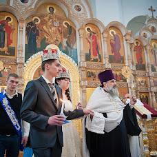 Wedding photographer Vladimir Komarov (komarov). Photo of 30.11.2012