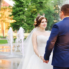 Wedding photographer Kristina Zagrebelnikova (KrisFotoArmavir). Photo of 01.08.2014