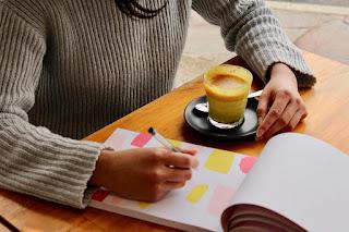 D:\Tulisan Arta\Wordholic\Arta - Contoh Outline Novel dan Tips Menyusunnya\Gambar 3.jpg