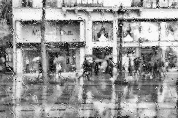 fuori piove....... di Mario_Panteghini