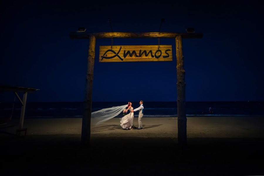 Wedding photographer Daniel Dumbrava (dumbrava). Photo of 28.08.2017