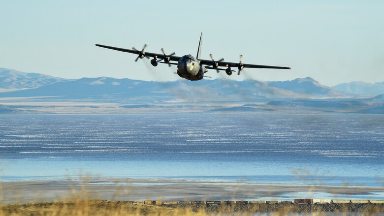 757th AS conducts aerial spray at UTTR > Hill Air Force Base > Article  Display