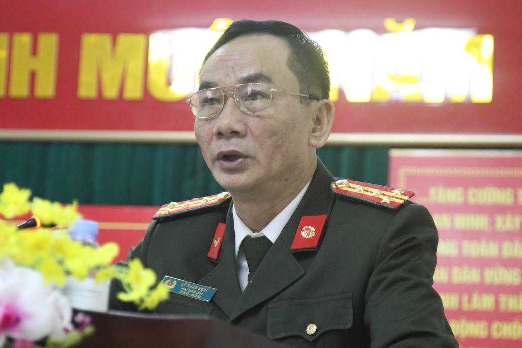 Đồng chí Đại tá Lê Xuân Hoài, Phó Giám đốc Công an tỉnh phát biểu chỉ đạo tại Hội nghị