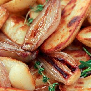 Pan-Roasted Fingerling Potatoes with Shallots