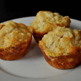 Spicy Bacon Cheddar Muffins
