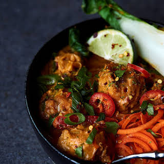Grain-free Thai Chicken Meatballs with Coconut Red Curry Sauce {Paleo & Gluten-Free}.