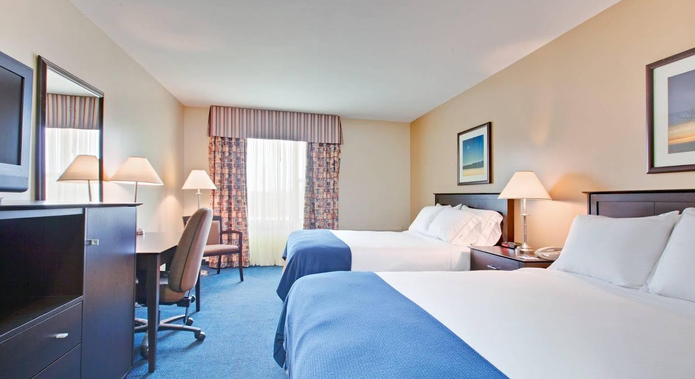 Château Bedford Hotel & Suites